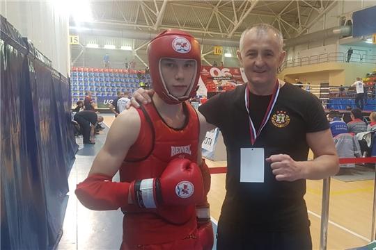 Студент группы ФК-1-19 стал серебряным призером, чемпионата и первенства Уральского и Приволжского федеральных округов по тайскому боксу