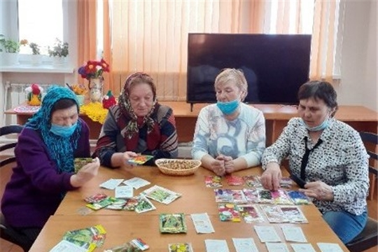 Заседание клуба по интересам «В мире женщин» (Чурачикская с/б)