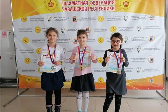 Юные шахматисты чебоксарской школы № 62 — победители и призеры шахматных соревнований