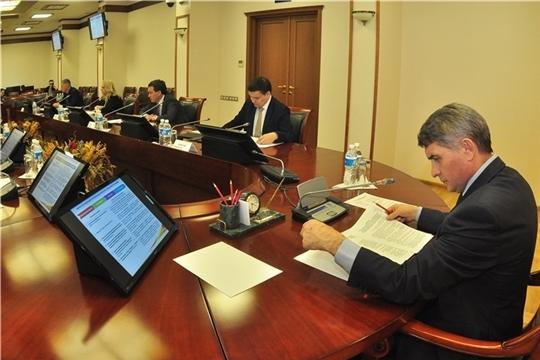 Олег Николаев набирает «Управленческую команду»