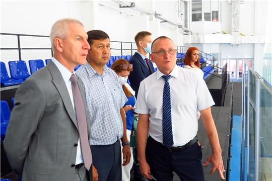 Министр спорта России Олег Матыцин посетил Региональный центр по хоккею