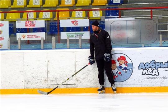 В Ледовом дворце «Сокол» стартуют спецтренировки для хоккейных защитников