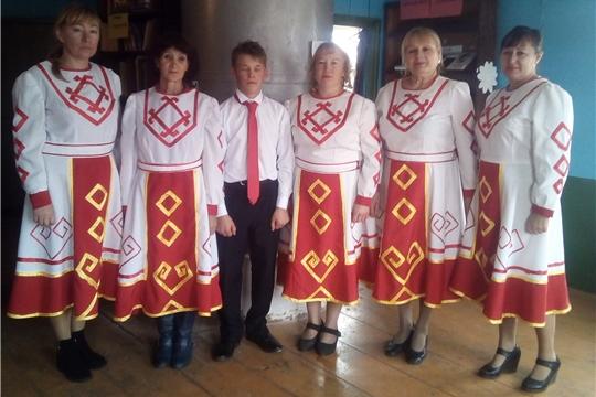 Праздничный концерт в д. Шанары, в рамках Дня пожилых людей, провели работники культуры д. Кугеево