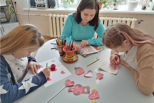 В Шоршелской сельской библиотеке прошёл мастер-класс, посвящённый Дню всех влюблённых