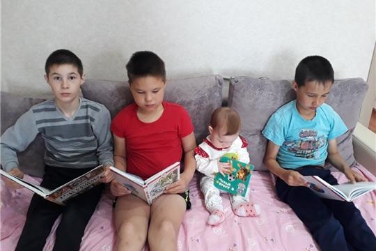 О своем досуге читатели Сятракасинской сельской библиотеки рассказывают в фотографиях