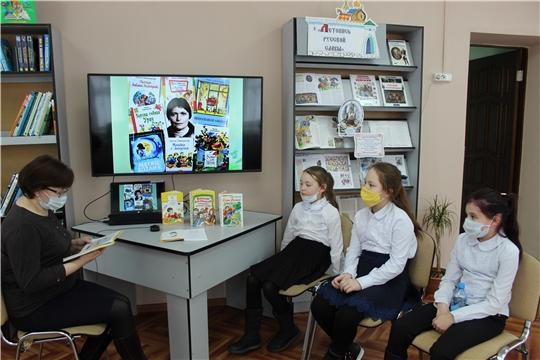 Всемирный день писателя и Всемирный день чтения вслух в детской библиотеке был посвящен творчеству И. Пивоваровой