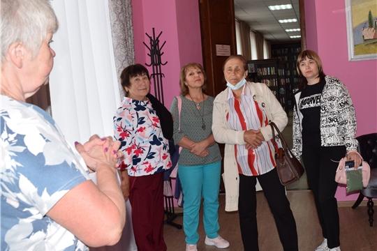 Центральную районную библиотеку посетили Коллеги из Вурнарского района и члены Вурнарской районной общественной организации «Союз ветеранов»