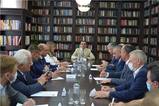 Центральную районную библиотеку посетил сенатор Российской Федерации Николай Федоров