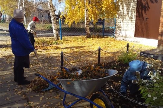 Осенний субботник в д. Малое Камаево