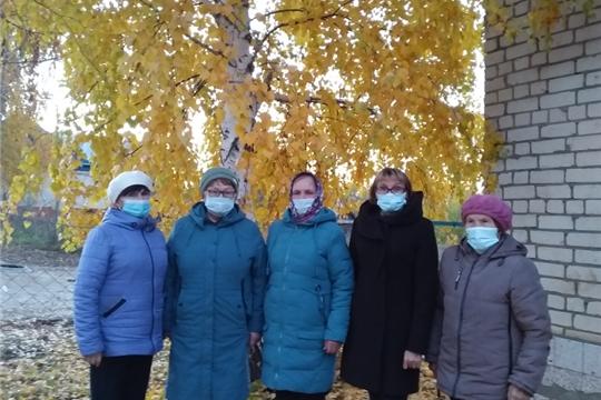 Работники культуры д. Малое Камаево присоединились к районному месячнику «Честь и хвала старшему поколению»