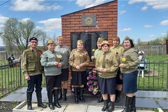 8 мая в селе Сотниково  состоялась церемония возложения венков и цветов к памятнику павшим героям в годы  Великой Отечественной войне