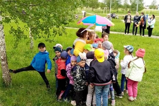 1 июня в Коноваловском парке прошло детское мероприятие «Праздник солнечных зайчиков».