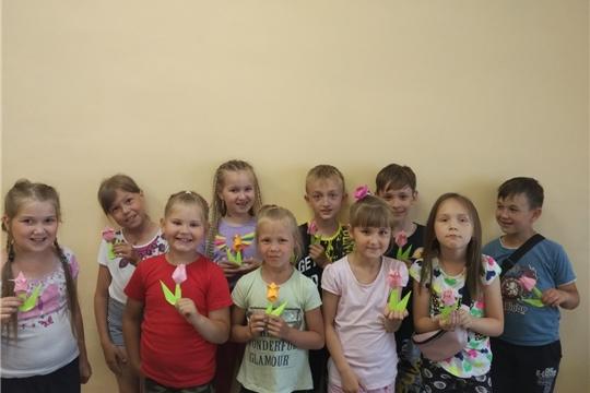 Работники РДКиТ провели мастер-класс для воспитанников летнего оздоровительного лагеря дневного пребывания