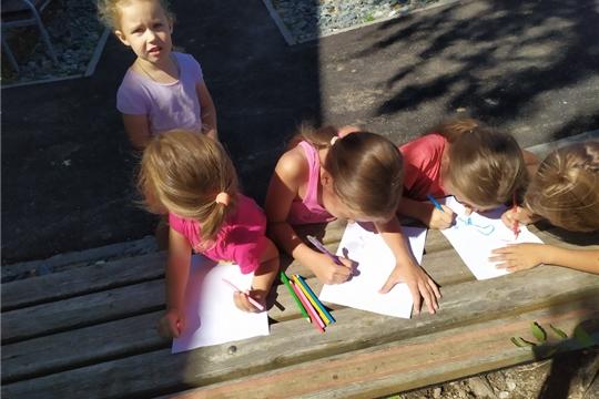 15 августа на территории Большешигаевского Дома культуры для детей прошла игровая программа «Разноцветная игра».