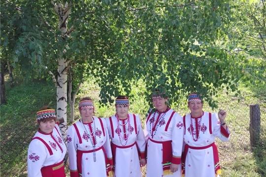 19 августа  в селе Тогаево участники художественной самодеятельности собрались на яблочный спас