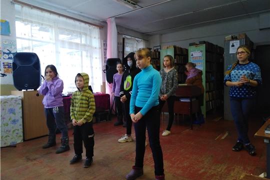 Участники кружка «Радость» при Кугеевском ЦСДК активно готовятся  к осенним праздничным мероприятиям
