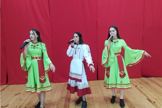 Праздничный концерт в Большешигаевском Доме культуры