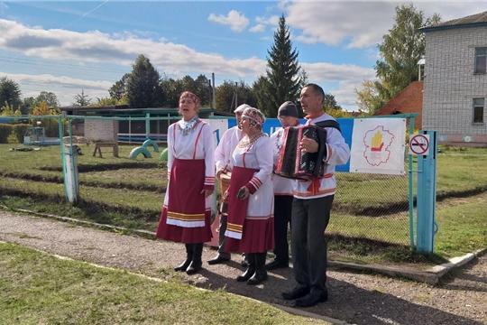В день голосования в МБОУ НШ-ДС в селе Бичурино состоялся праздничный концерт «Мы – граждане великой страны, мы – граждане России!»