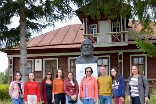 В Пандиковском  музее сотрудники краеведческого народного музея «Человек и природа» провели экскурсию