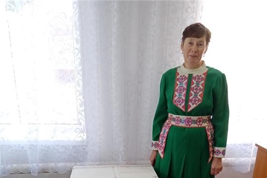 В Черепановском СДК провели встречу с мастерицей декоративно-прикладного искусства, вышивальщицей  из деревни Черепаново Еленой  Альгешкиной