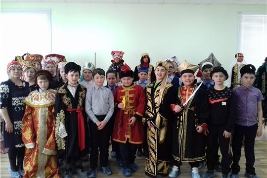 С 19 по 21 апреля в КНМ «Человек и природа» проходила выставка «Исторические костюмы»
