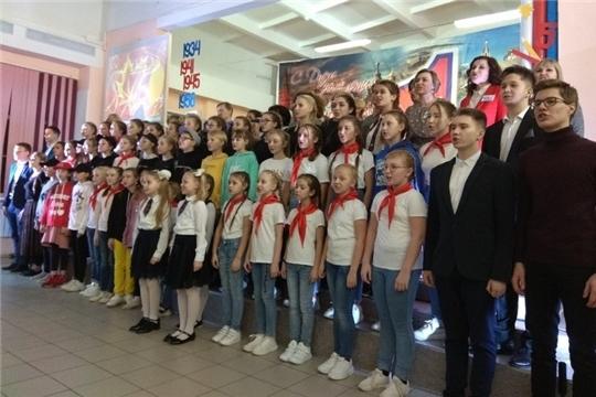 Школе №1 города Шумерля 85 лет!